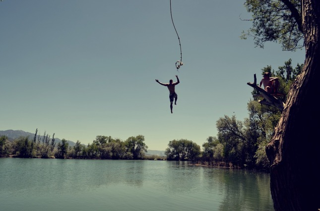 jump-1209647_1280